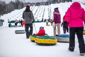 Toboganes de nieve en Super Glissades de St-Jean de Matha