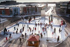 pista de patinaje Centropolis en Laval