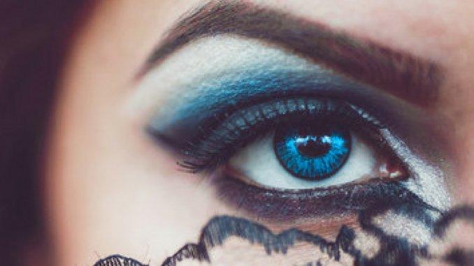 ¿Tus planes de Halloween incluyen lentes de contacto?